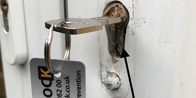anti snap locks Doncaster